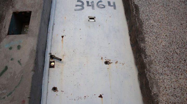 La imagen de la puerta de la casa del hijo de Norma Acosta