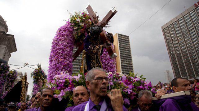 Colombia colaboró para que Venezuela pueda celebrar la Semana Santa.