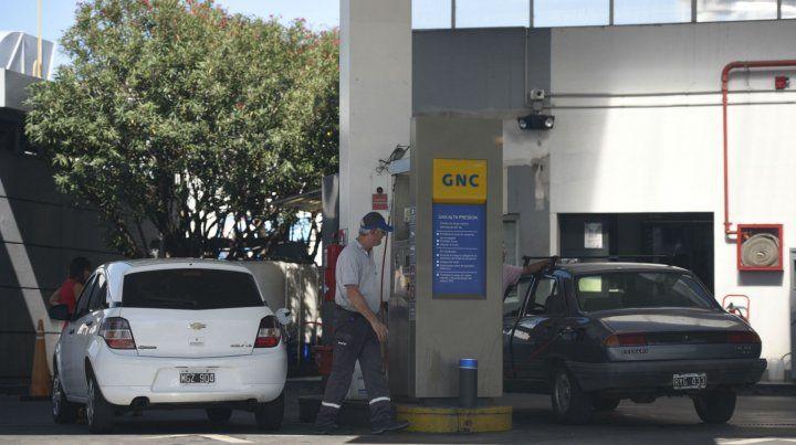 Pase. La conversión de vehículos nafteros a GNC creció sensiblemente en los últimos mese.
