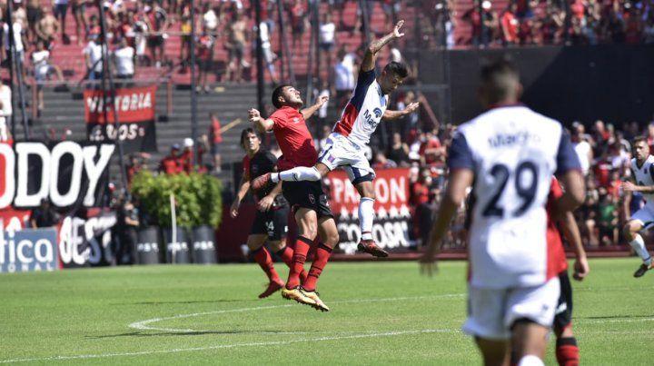 Newells estaba para más, pero terminó ganando con bastante sufrimiento ante Tigre