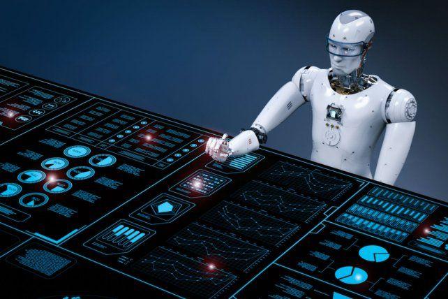 El futuro. Un robot atiende on line las 24 horas a cualquier cliente.