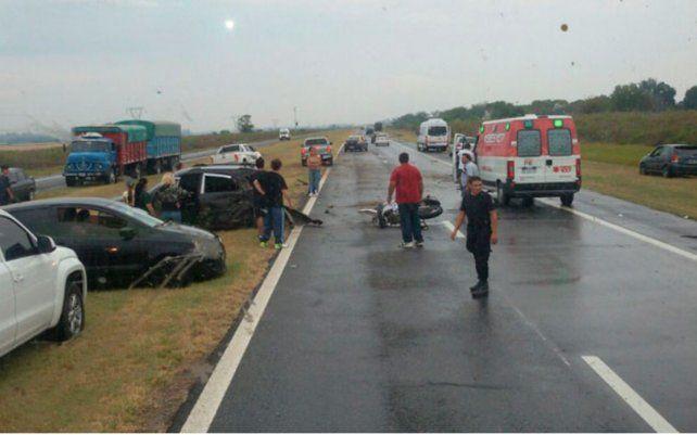 Un herido grave tras un triple choque en la autopista a Santa Fe
