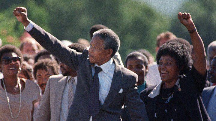Winnie Mandela es conocida en Sudáfrica como la madre de la Nación.