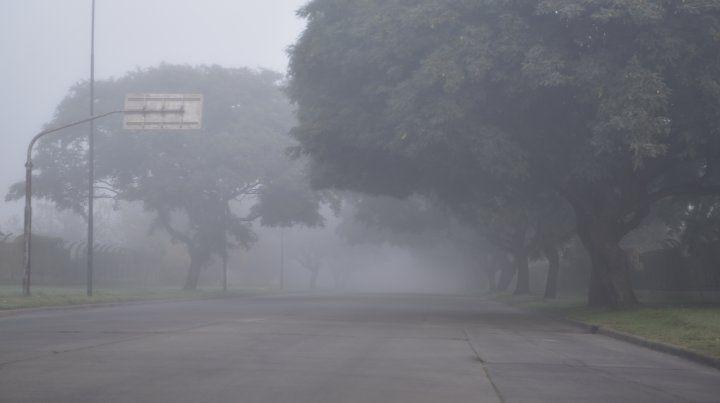 Alerta para viajeros: madrugada con importantes bancos de niebla y escasa visibilidad
