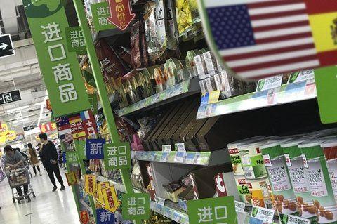 góndola caliente. La presencia de productos de EEUU en súper chinos se verá resentida con la medida.