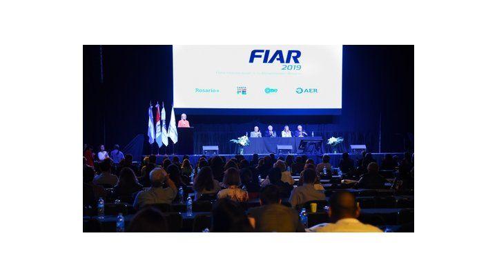 presentación. En el seminario de centros comerciales lanzaron Fiar.