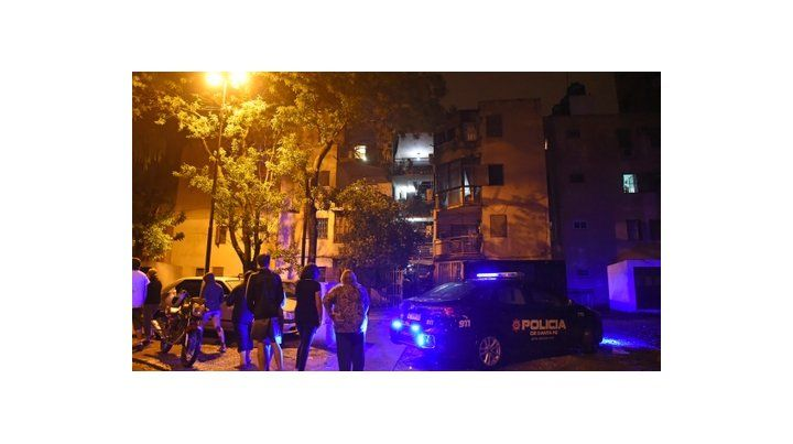 barrio latinoamÉrica. Vecinos en la noche del domingo