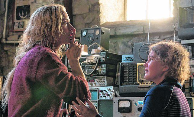 sin hacer ruido. El filme transcurre en una casa ubicada en un bosque idílico que esconde oscuros secretos.