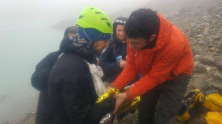 Los turistas sufrieron un accidente mientras escalaban con sogas en el glaciar Vinciguerra