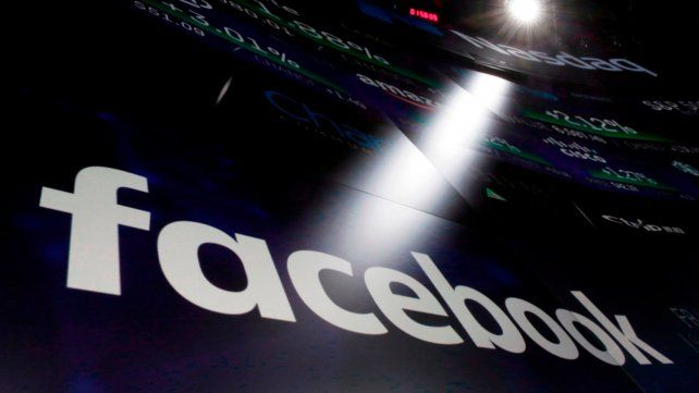 El CEO de Facebook prometió transparentar los datos