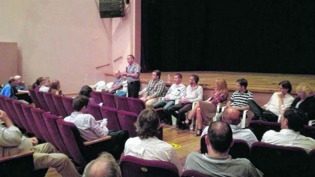 Autoridades, vecinos y comerciantes debatieron sobre la inseguridad