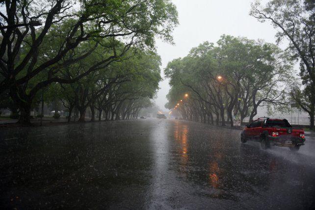 Rosario y la zona están bajo alerta por abundantes precipitaciones