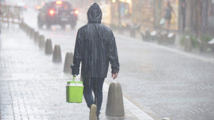 Se renovó el alerta por abundantes precipitaciones para Rosario y la región