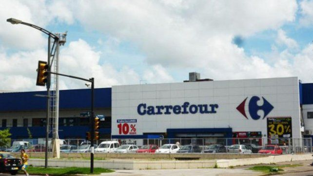 La cadena Carrefour pidió abrir un proceso preventivo de crisis