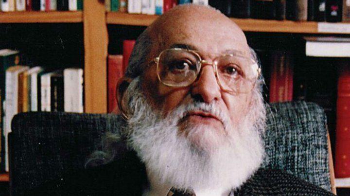 El pedagogo brasileño Paulo Freire.