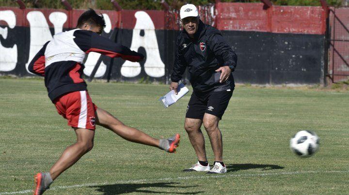La palabra del DT. De Felippe habló de Atlético Tucumán y de la situación del club.