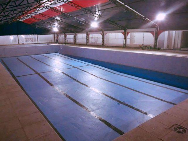 El natatorio del club charrúa luce totalmente renovado.