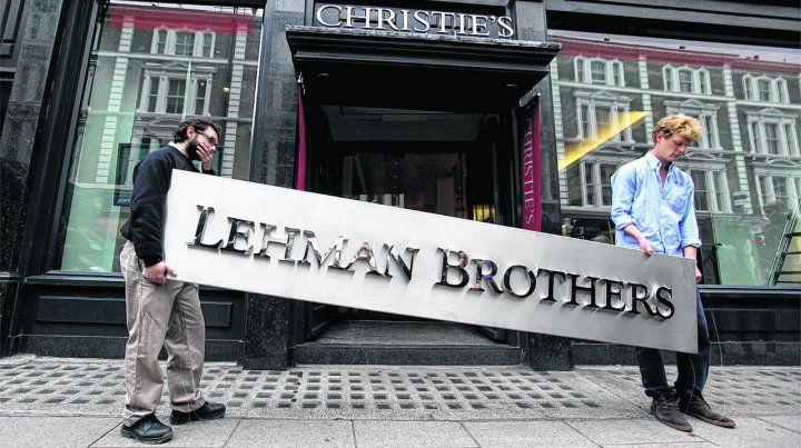 La quiebra de Lehman Brothers fue un ícono e hizo tambalear al sistema financiero global.