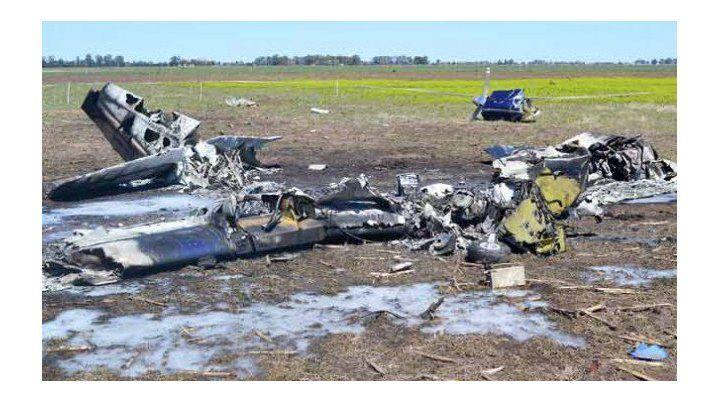 Tragedia. Cinco personas murieron por la caída de una avioneta en una zona rural.