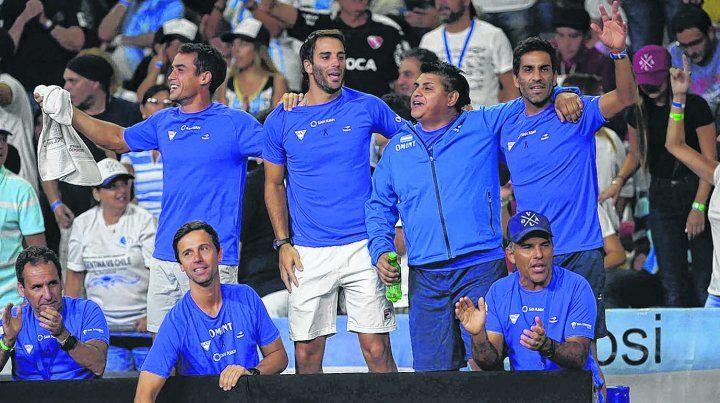 Festejo. El equipo argentino celebra el triunfo ante Chile.