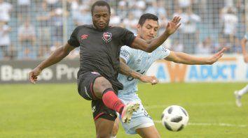 Luis Leal es la duda en el equipo rojinegro para visitar a Paranaense, en el debut de ambos en la Copa Sudamericana.