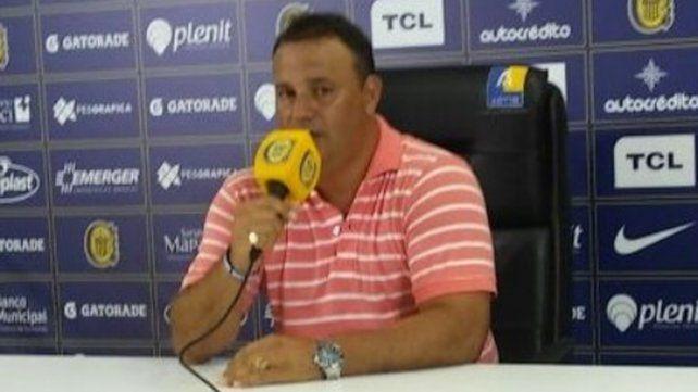 Leo Fernández dejó a Ferrari otra vez en el banco e incluyó a Ruben entre los once