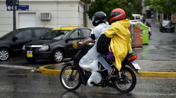 Alerta meteorológico para Rosario y la región por lluvias y tormentas fuertes