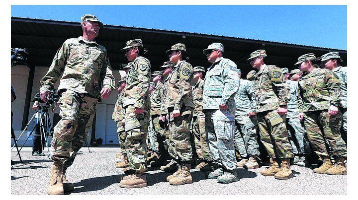 Controles. Milicias de la Guardia Nacional llegan a Arizona.