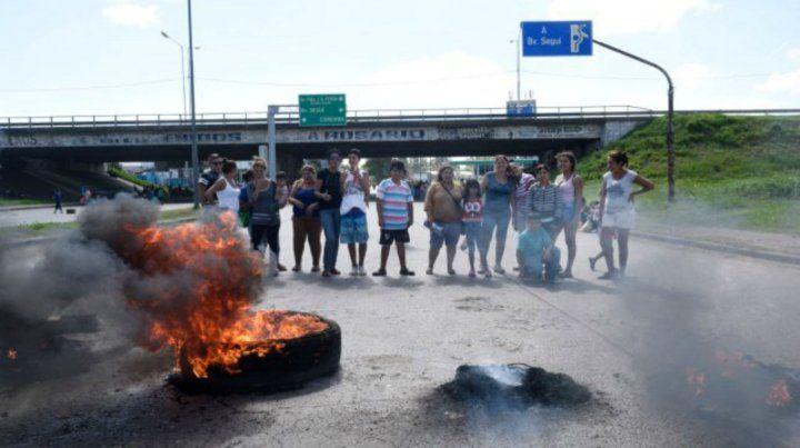 La CCC protesta sobre Presidente Perón y Circunvalación.