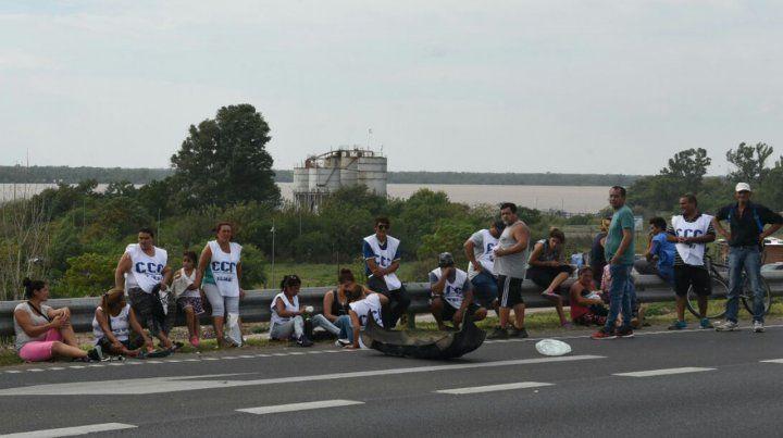 Una jornada con marchas y seis cortes en distintos puntos de la ciudad
