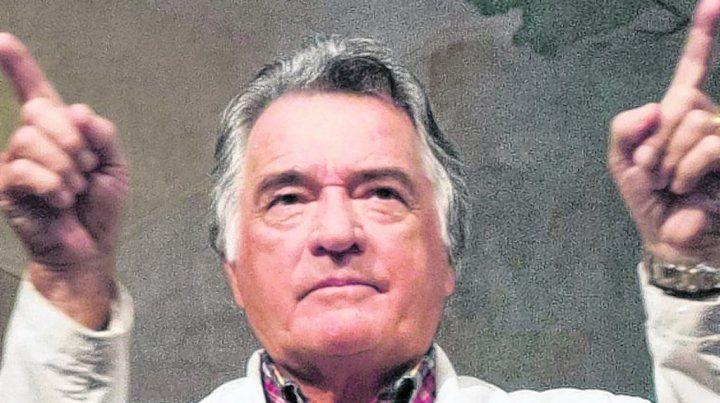 A contramano del escándalo Barrionuevo