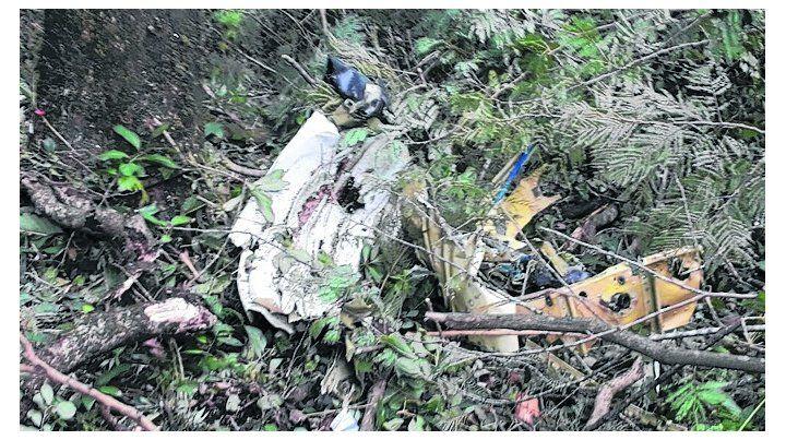 tragedia. La aeronave cayó anteayer en la zona rural de El Naranjo.
