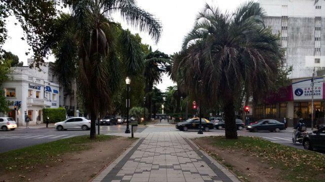 El proyecto busca que los ciclistas no ocupen el cantero central de Oroño.