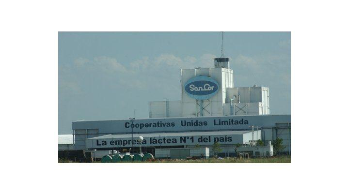 crisis. Sancor vende sus activos a Adecoagro. La cooperativa seguirá sólo con su actividad tambera.