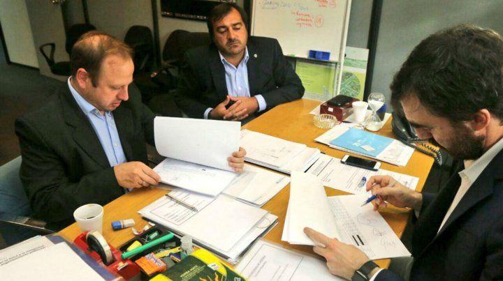Firma. El compromiso fue rubricado ayer en Buenos Aires.