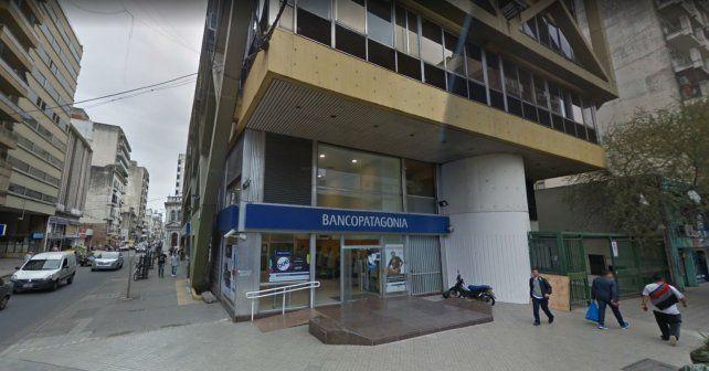 La sucursal centro del Banco Patagonia tendrá que acondicionar sus instalaciones por orden judicial.
