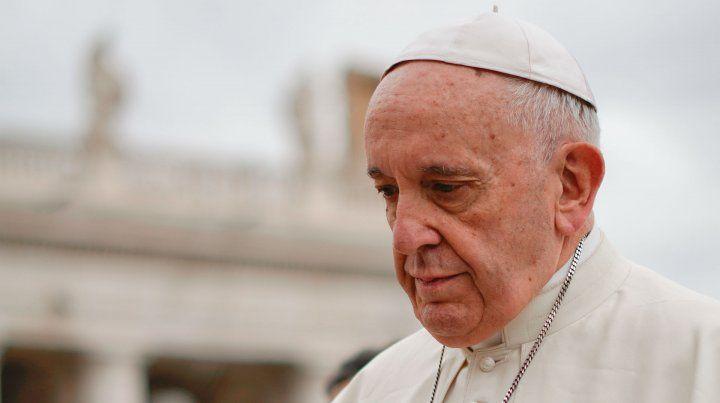 Concentrado. El Papa