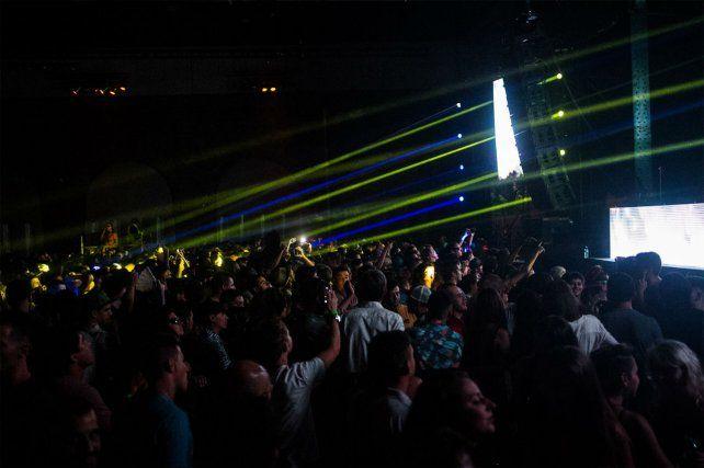 Masivas. Las fiestas electrónicas convocan cada vez más gente en Rosario.