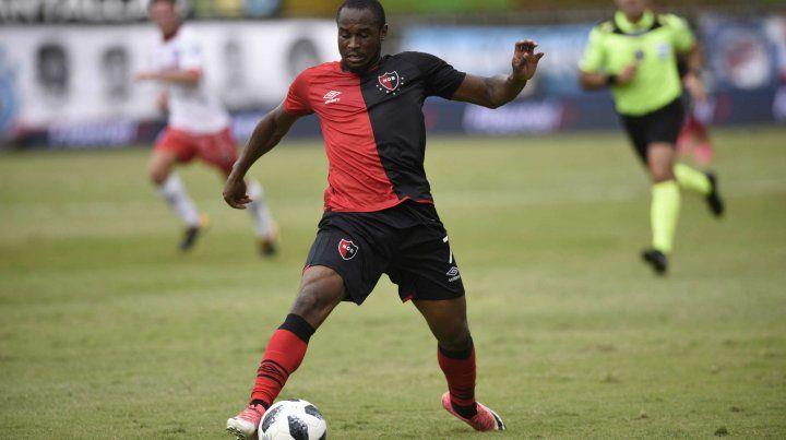 Lo esperan. Leal es el goleador rojinegro y un futbolista clave en el conjunto de Omar De Felippe. El portugués se recupera de una fibrosis y hay chances de que juegue.