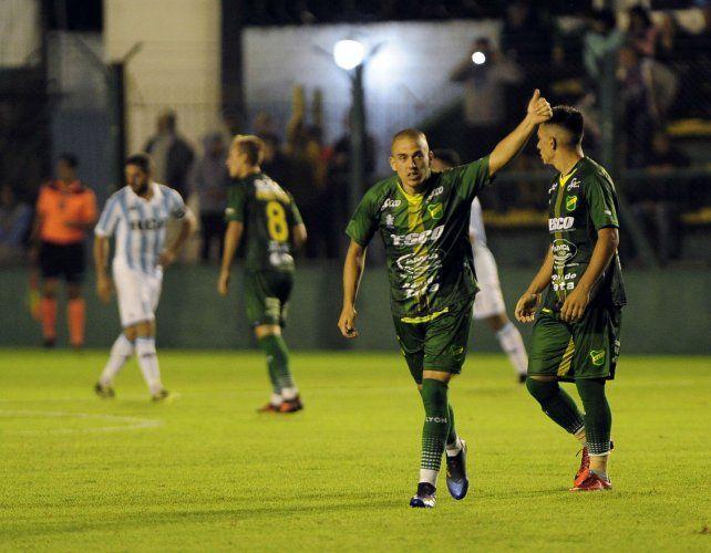 Uruguayo. Cristian Almeida marcó el segundo gol en el triunfo de Defensa y Justicia.