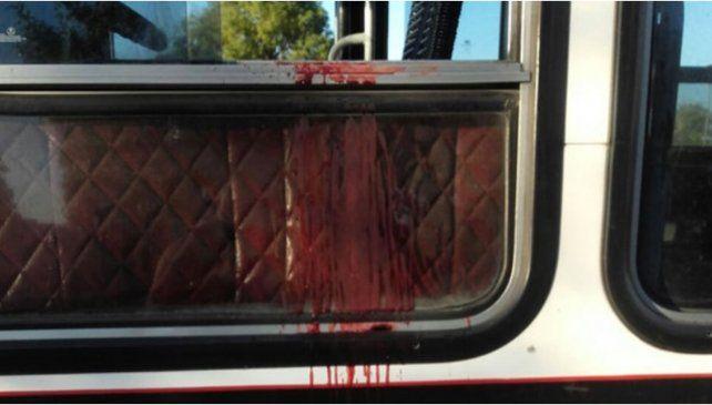 Un colectivero discutió con dos pasajeros y lo asesinaron a balazos