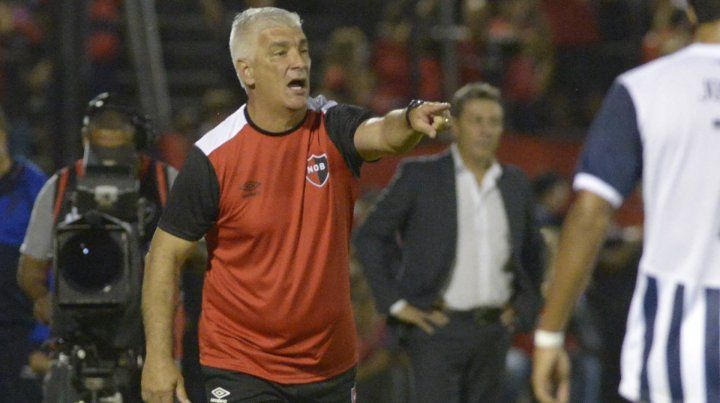 Los chicos hicieron un gran partido, el triunfo fue merecido, dijo De Felippe