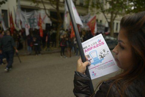 resistencia. Usuarios y consumidores se vienen manifestando en contra de las abultadas tarifas de los servicios públicos.