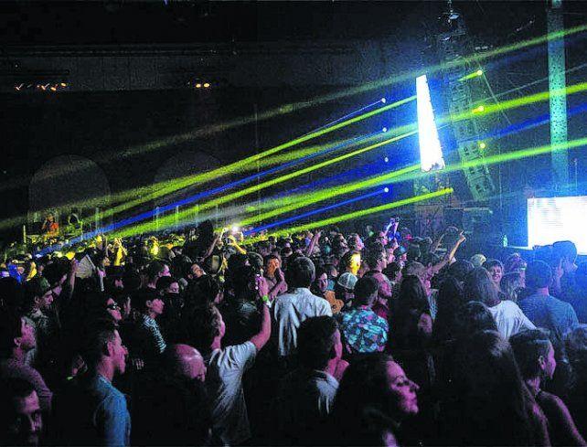 Las fiestas electrónicas son celosamente custodiadas para evitar excesos con las drogas.