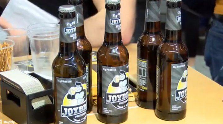 Lanzan cerveza sin alcohol con proteínas para adictos al fitness