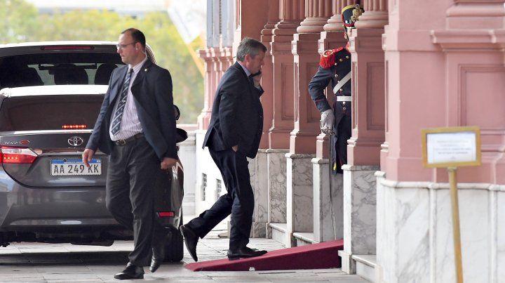 El diputado Emilio Monzó ingresando a la Casa Rosada.