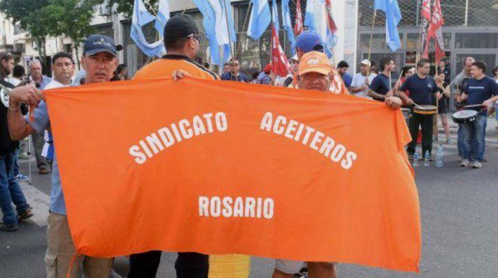 Protagonismo. El movimiento sindical aceitero también quiere discutir los efectos sobre la salud del modelo.