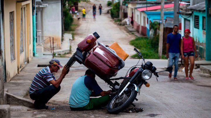 Deseos. Los cubanos esperan que su nuevo presidente introduzca mejoras en la estancada economía de la isla.