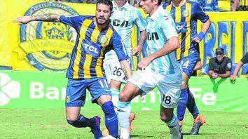 Tarde floja. José Luis Fernández no anduvo bien. No ayudó a Parot en la contención por el lateral izquierdo.