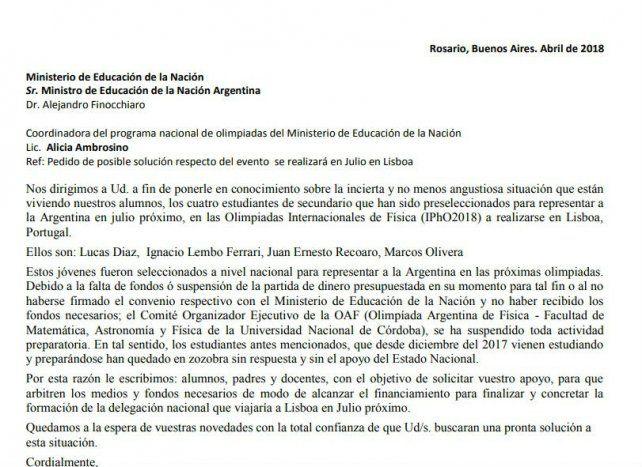 La carta que escribieron los estudiantes pidiendo apoyo para ir al Mundial de Física